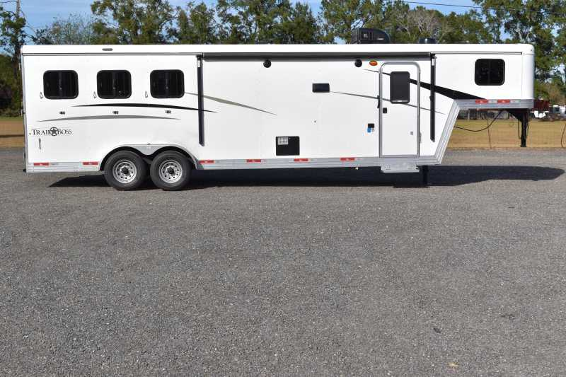 #08888 - New 2019 Bison Trail Boss 7311 3 Horse Trailer with 11' Short Wall