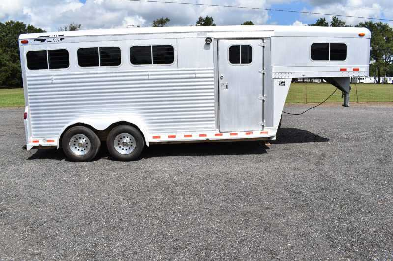 #12893 - Used 1998 4 Star 7304GN 3 Horse Trailer with 2' Short Wall